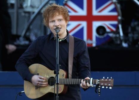Концерт звезд  в честь бриллиантового юбилея  прошёл в Букингемском дворце. Ed Sheeran. Фоторепортаж. Фото: Dan Kitwood/Getty Images