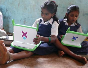 В Индии в школьном здании обрушилась крыша, погибло шесть человек. Фото: 925.nl