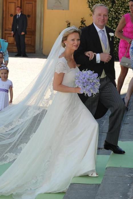 Свадьба принцессы Каролины де Бурбон Парма и Альберта Бреннинкмайера.  Фоторепортаж. Фото: Jacopo Raule/Getty Images