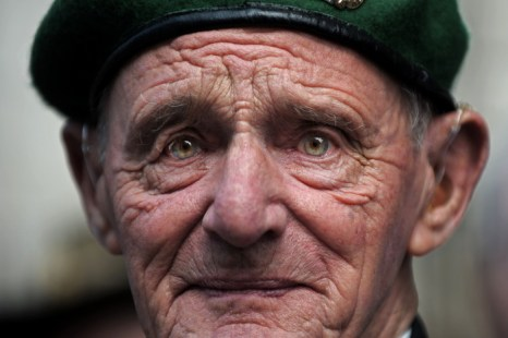 В Великобритании российские и британские ветераны Второй мировой войны отпразднуют День Победы. Фото: CARL DE SOUZA/AFP/Getty Images