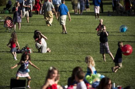 Празднование Дня независимости США у Белого дома 4 июля 2013 года. Нью-Йорк 4 июля 2013 года. Фото: BRENDAN SMIALOWSKI/AFP/Getty Images