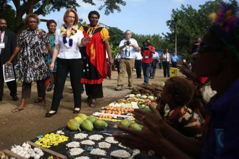 Джулия Гиллард прибыла в Папуа-Новую Гвинею. Фото: Chris McGrath/Getty Images
