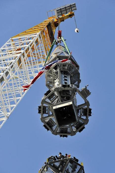 Башня свободы в Нью-Йорке достигла максимальной высоты. Фото: Port Authority of New York and New Jersey via Getty Images