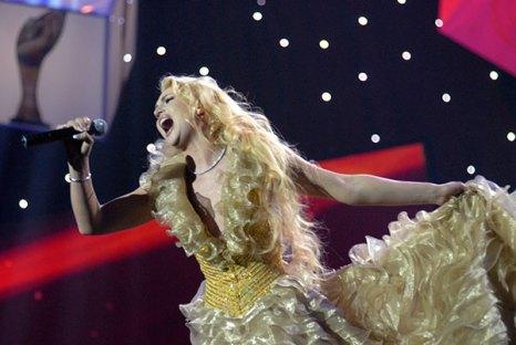 Певица Камалия выступила на церемонии награждения премией «Человек года — 2009». Фото: Владимир Бородин/The Epoch Times