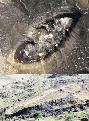 Ноев ковчег, вид с воздуха и с земли. Фото: lostab.ru