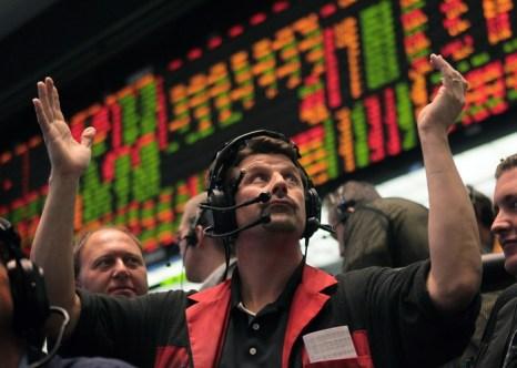 Положение в Греции заставляет падать курс евро. Фото:  Scott Olson/Getty Images