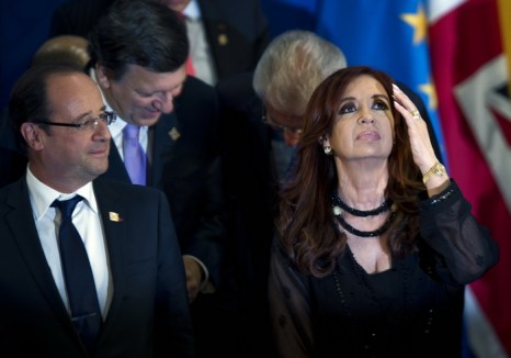 Президент Франции Франсуа Олланд и президент Аргентины Кристин Фернандес де Киршнер на встрече G20 в Лос-Кабосе, Мексика. Фото:  YURI CORTEZ/AFP/GettyImages