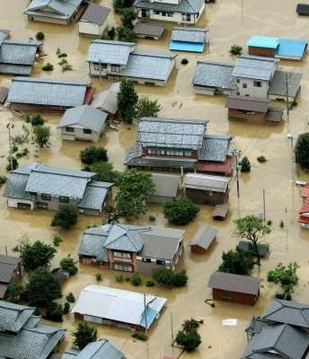 Сильные ливни в Японии: наводнение в префектуре Нигата. Фото: blick.ch