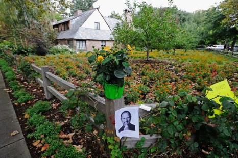 Дом Стива Джобса станет туристической достопримечательностью. Фото: Kevork Djansezian/Getty Images
