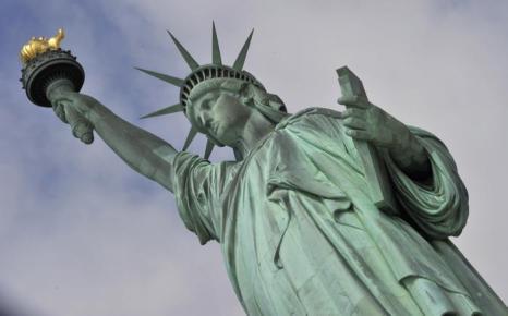 Статуя Свободы вновь открыта для посещений в День независимости США 4 июля 2013 года. Фото: TIMOTHY CLARY/AFP/Getty Images
