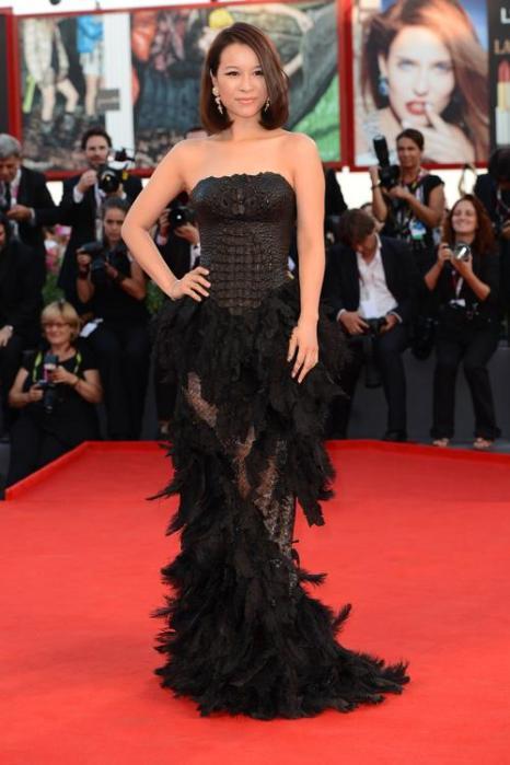 Хэ Вэньчао прибыла на премьеру фильма «Филомена» (Philomena) 70-го Венецианского международного кинофестиваля 31 августа 2013 года Венеция, Италия. Фото: Ian Gavan/Getty Images
