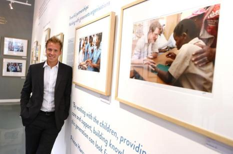 Фотограф Крис Джексон на закрытом показе фотовыставки «Sentebale — истории надежды» в галерее Getty Images 25 июля 2013 года в Лондоне, Великобритания. Фото: Tim P. Whitby/Getty Images