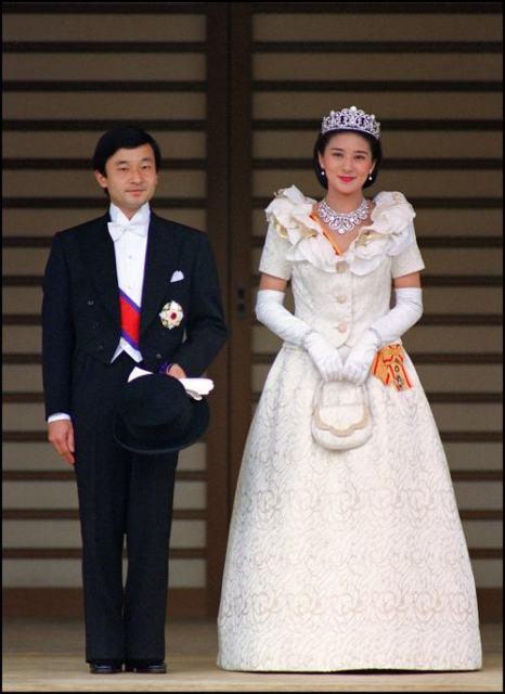 Японская принцесса Масако и наследный принц Нарухито поженились 9 июня 1993 года. Фото: Toshifumi KITAMURA / AFP / Getty Images