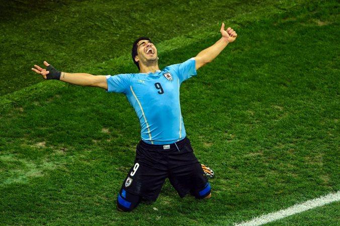 чемпионат в Бразилии, Луис Суарес, Уругвай, Англия, спорт, футбол, фото дня, фото