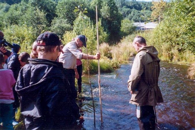 река Войтоловка, школьники, исследование, Ленинградская область, экологическая экспедиция, загрязнение, окружающая среда
