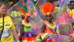 Крупнейший в Европе уличный фестиваль проходит в лондонском районе Ноттинг-Хилл
