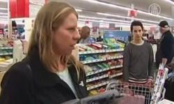 Американцы в последний день рабочей недели отправились опустошать полки супермаркетов