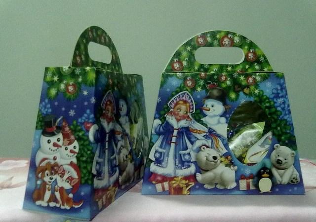 Очередной гумконвой повезёт на Донбасс новогодние подарки