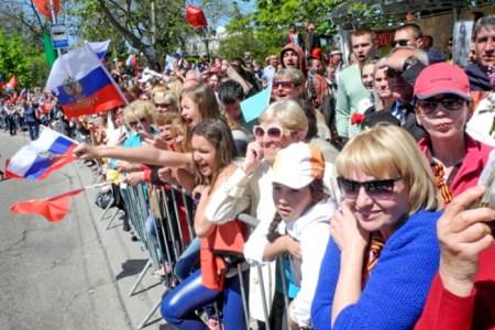Зрители. Парад Победы в Севастополе. Фото: Алла Лавриненко/Великая Эпоха