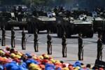 Солдаты НОАК участвуют в крупном параде в Пекине