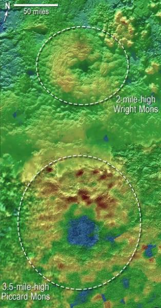 Криовулканы Пикар Монс и Райт Монс Фото: NASA / JHUAPL / SwRI