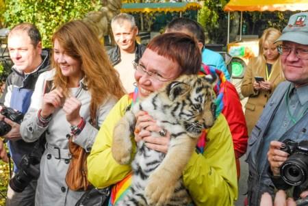 В контактном зоопарке Тайгана. Фото: Алла Лавриненко/Великая Эпоха