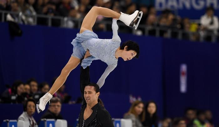 Юко Кавагути и Александр Смирнов. Фото: JOHANNES EISELE/AFP/Getty Images