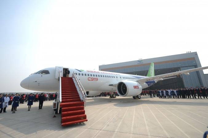 за пассажирским самолётом китайского производства стоят иностранные компании