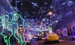власти Москвы пообещали хорошую работу такси в Новый год