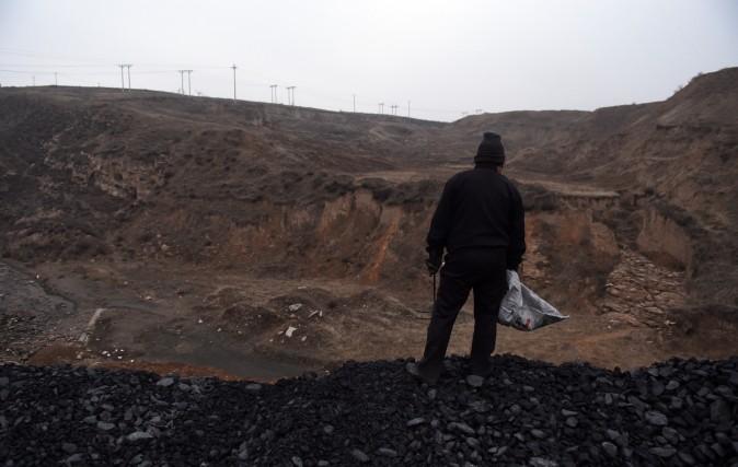 Угольная шахта в Датуне, провинция Шаньси, 20 ноября 2015 г. Фото: Greg Baker/AFP/Getty Images