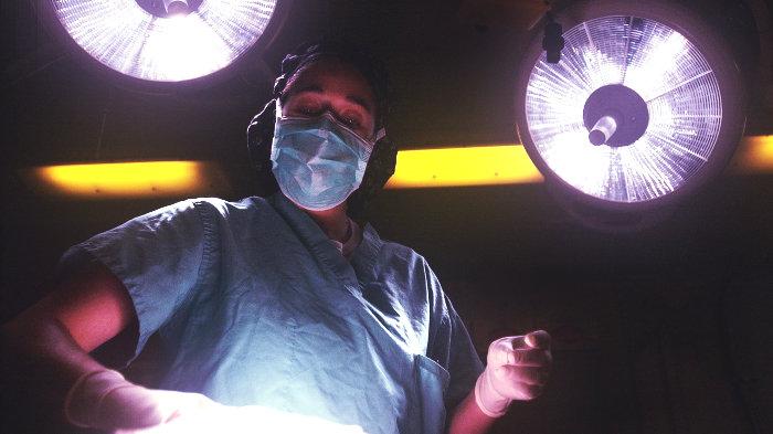 врач, хирург