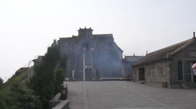 Храм Чжужун