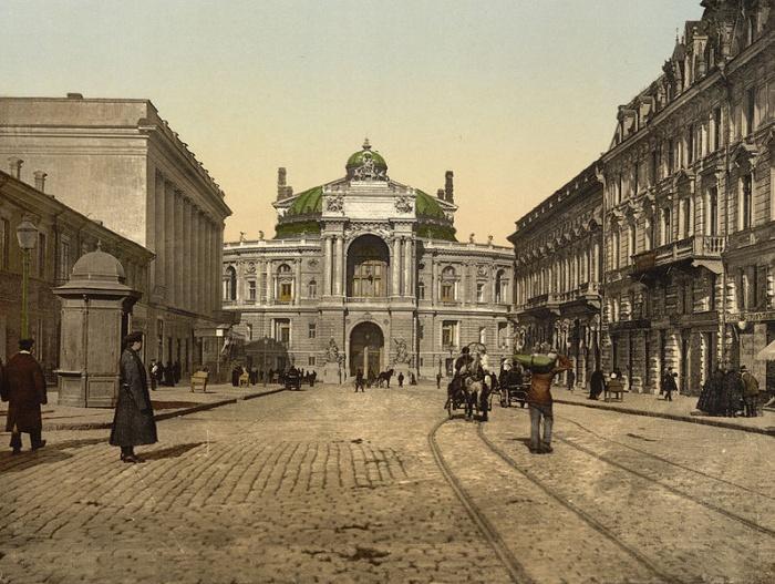 Одесский оперный театр,1890–1905 год. Фото: Почтовая открытка/ru.wikipedia.org/Public Domain