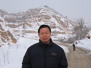Адвокат  Гао Чжишен в своем  родном городе в провинции Северная Шааньси. Начало 2006 года. Фото: Ye Shuang