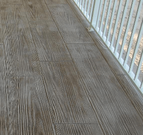 the look of wood using decorative concrete