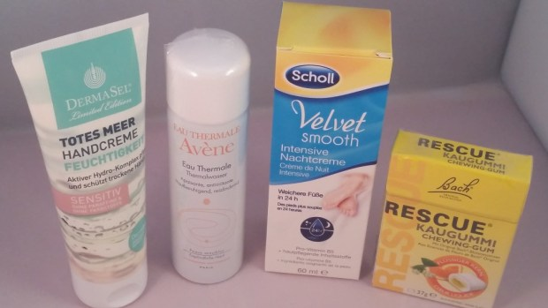 Gesundbox Medipolis Scholl Velvet Smooth, Dermasel Feuchtigkeitscreme, Bach Rescue kaugummi, Avene Thermalwasserspray