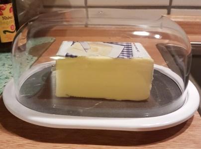 zak-osmos-butterdose-mit-butter