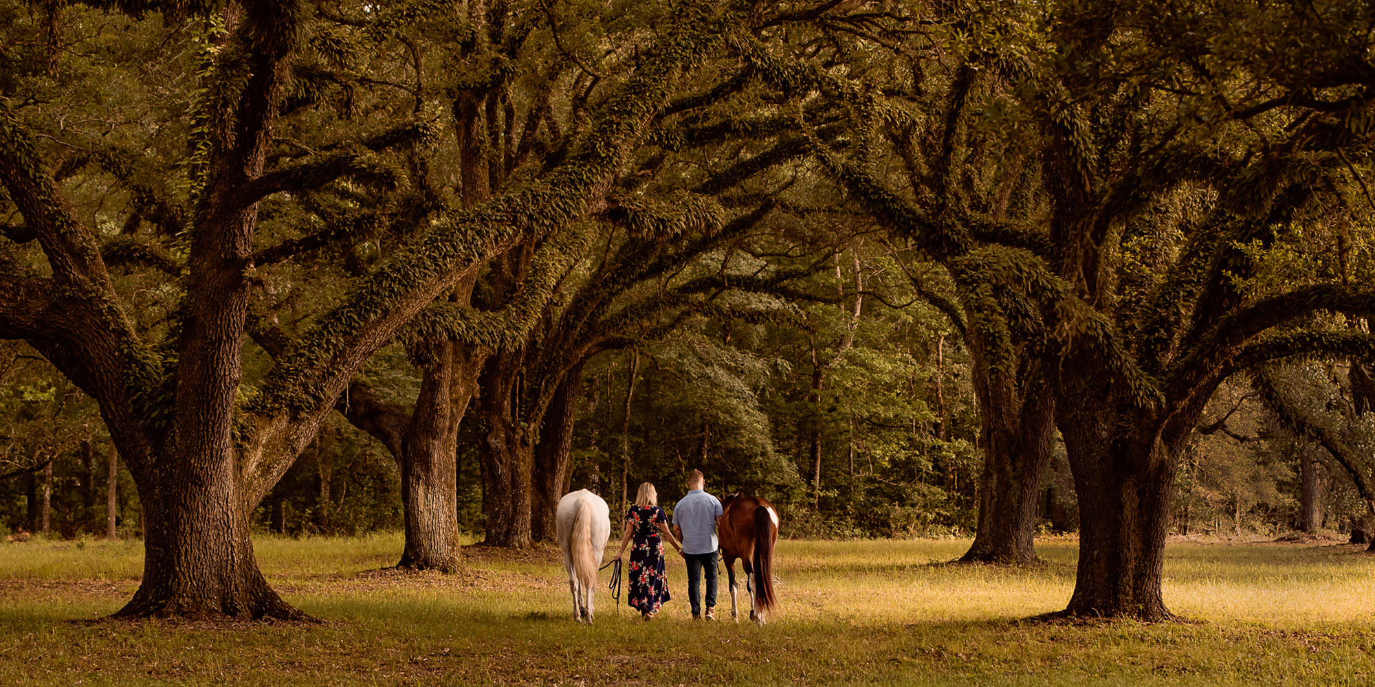 EQ Graphics   Western Horse Photography of a Couple Walking Down a Path