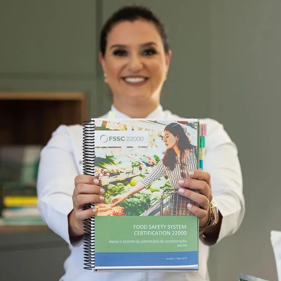 norma-fssc-22000-andrea-equalisa-consultoria-treinamentos-engenharia-de-alimentos