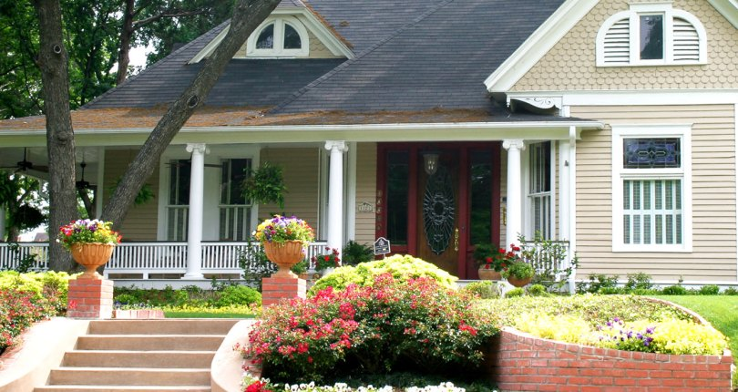 Inexpensive Curb Appeal Tips That Work — Mortgage & Real Estate News