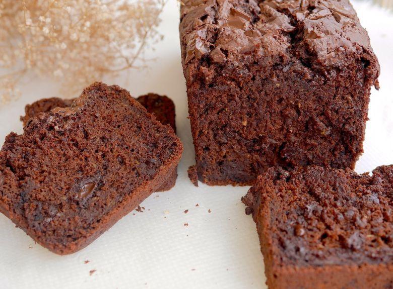 Cake moelleux chocolat courgette vegan et sans gluten !