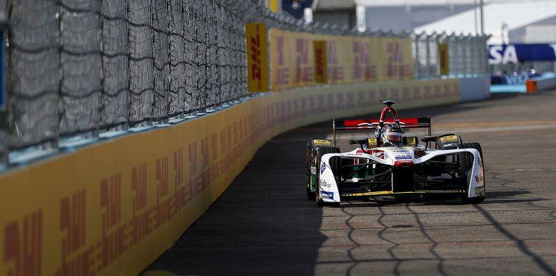 Formula E : Pechito no tuvo un buen final en Berlín.