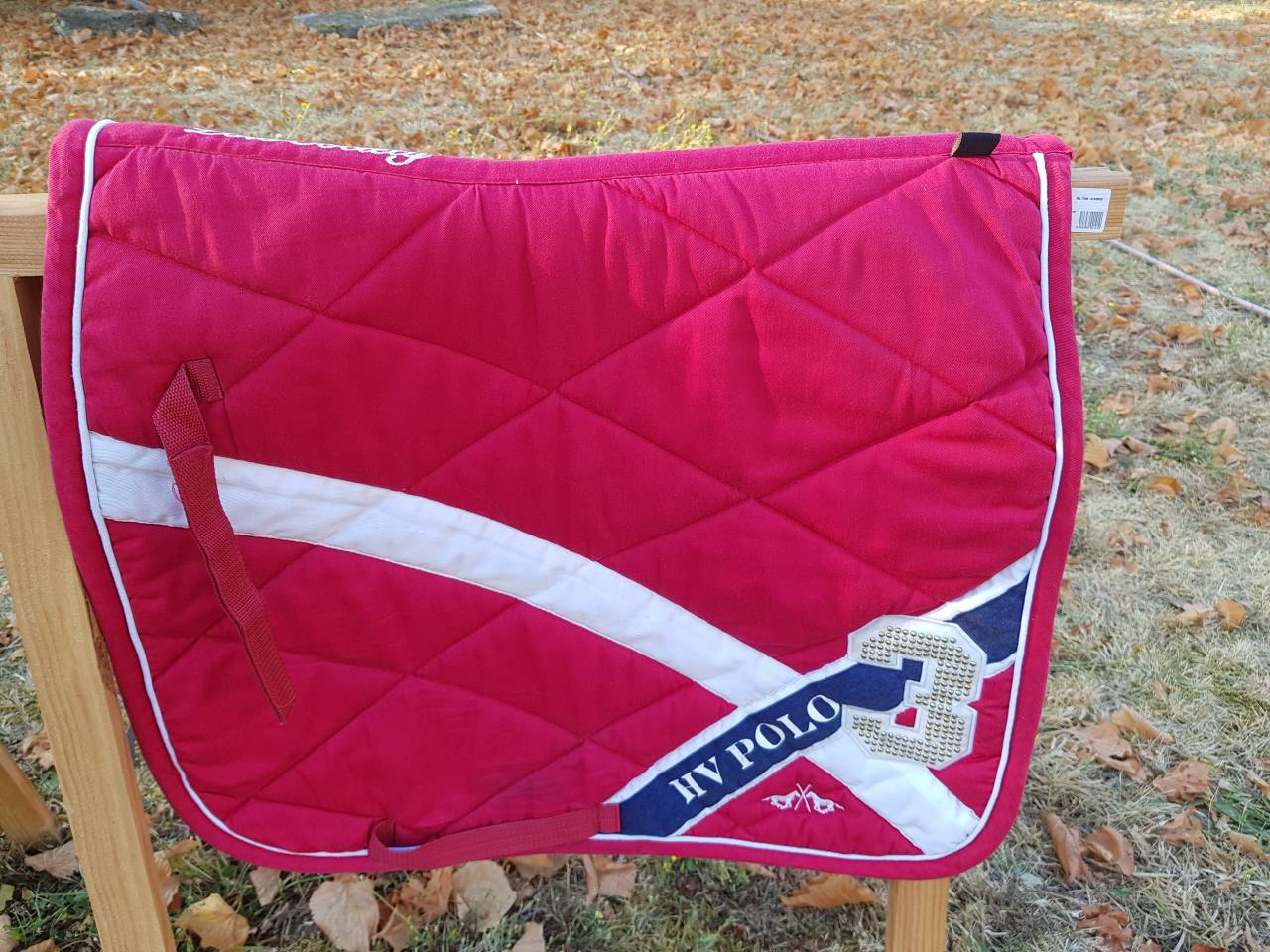 tapis de dressage hv polo rouge 597088