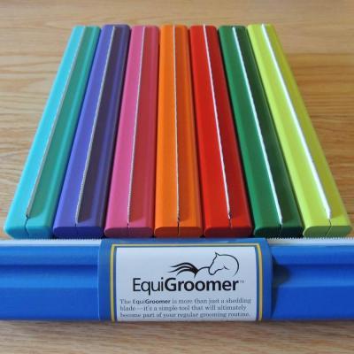 Choix de couleur pour les grandes brosses EquiGroomer 25cm