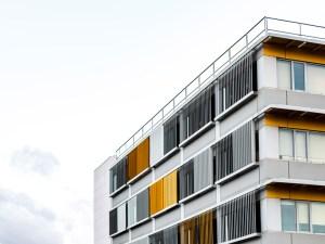 El Gobierno libera los primeros 1.631 millones europeos destinados a la rehabilitación residencial