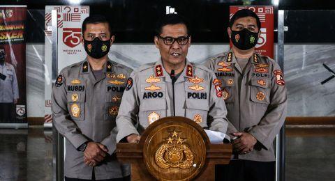 Polri Resmi Tahan Munarman Terkait Kasus Ter0risme