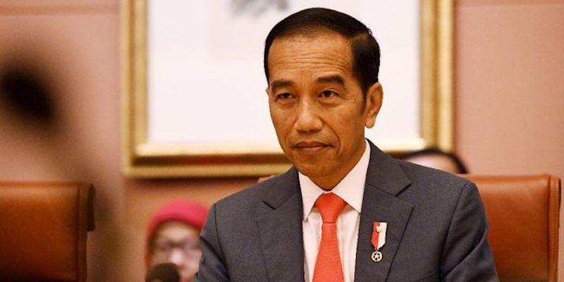 """Rangkap Jabatan Rektor UI Disoal, Jokowi Dapat Gelar Baru """"Man Of Flexibility"""""""