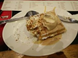 Waffle bruselense ¿Es un waffle? ¡NO! ¡Es un Lacquemant!… o lacment, lackeman, lacquement… - IMG 20161124 182249 min 300x225 - ¿Es un waffle? ¡NO! ¡Es un Lacquemant!… o lacment, lackeman, lacquement…