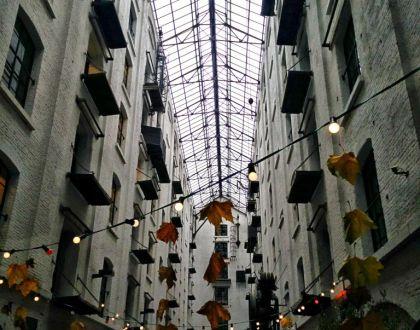 Felix Pakhuis: El almacén de la felicidad