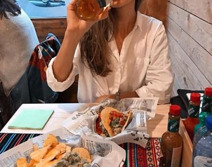 Comer con el bolsillo de un estudiante